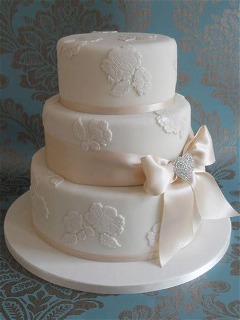 como decorar um bolo de casamento bolo de casamento decorado sugest 245 es receitas e galeria