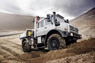 Mercedes Road Trucks Unimog On Mercedes Unimog Cers And 4x4