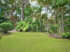 australian native garden design using grass with bbq area
