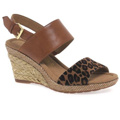Sandal Wanita Trendy Garsel L 360 gabor s sandals charles clinkard