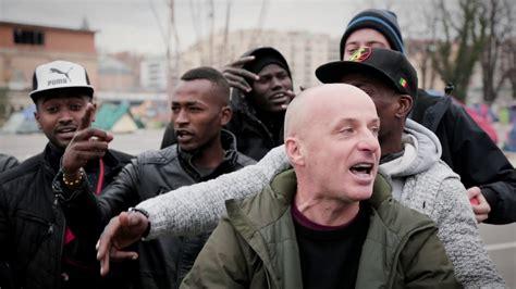 assalti frontali testi piazza indipendenza assalti frontali wikitesti
