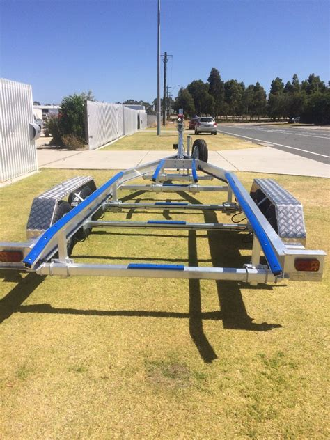 boat trailer tandem axle for sale used tandem axle aluminium boat trailer with basic skid