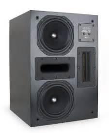 episode  series es ht lcr  loudspeaker reviewed