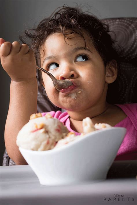 gifs  babies eating ice cream   cutest  youll   day laughtard