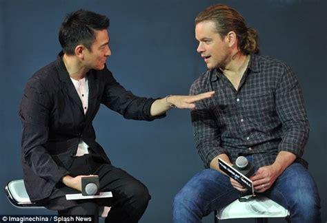 china uk film and tv conference matt damon debuts ponytail at the great wall press