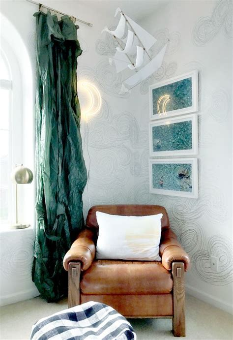 1000  ideas about Metallic Wallpaper on Pinterest   Luxury
