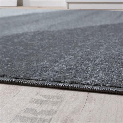 grauer teppich kurzflor teppich grau kurzflor