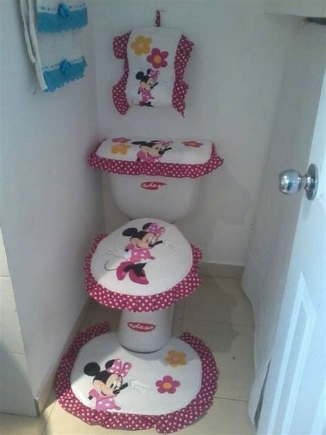 Minnie Mouse Bathroom Minnie Bathroom 10 Catchy And Inviting Minnie Mouse Bathroom Set Ideas