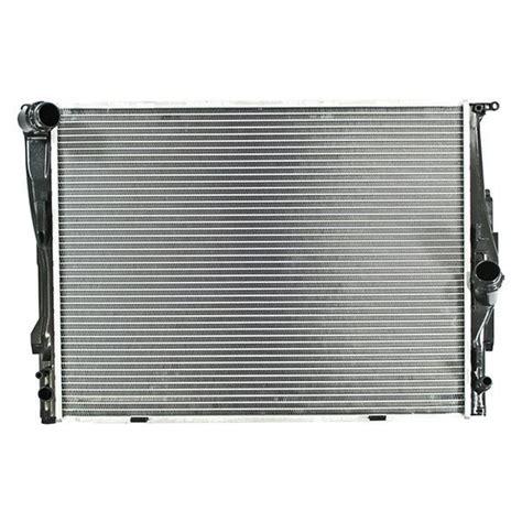 apdi bmw  series  engine coolant radiator