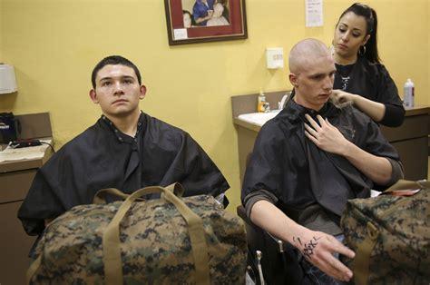 different hair cuts in usmc training boot c usmc basic training haircut female marine haircuts