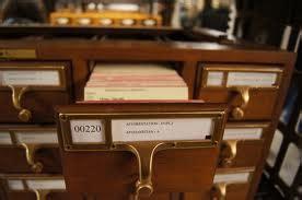 Kotak File Dengan Laci Bisa Utk Tempat File Buku Majalah Murah jenis jenis peralatan kantor dian s