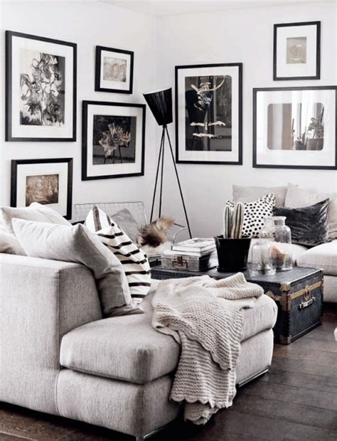 Black And Gray Living Room by Black White And Gray Living Room With Throw Pillows And