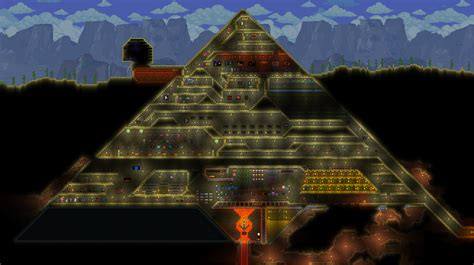 WIP Pyramid with underground Alien Base, Sphinx Trap Entrance : Terraria