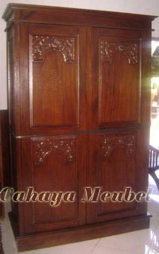 Lemari Kayu Jati Pintu 2 lemari pakaian kayu jati 2 pintu minimalis ukir lemari pakaian minimalis cahaya mebel jepara