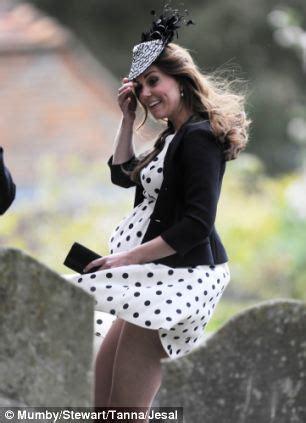 kate middleton's bum photo leaves amanda platell running