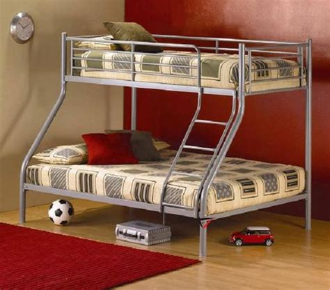 tri bunk beds beds bunk beds tri bunk was sold for r1 450 00 on 20 jun