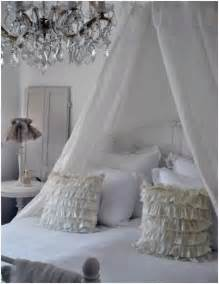 shabby chic bedroom chandelier best 20 shabby chic chandelier ideas on pinterest