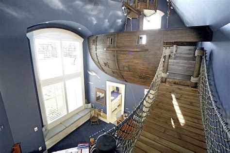 coolest kid bedrooms ever exclusive interview ultimate pirate ship bedroom designer