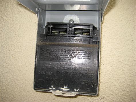 furnace run capacitor replacement comfortmaker hvac condenser dual run start capacitor replacement guide 005