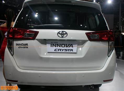 toyota innova price in india top model toyota innova crysta innova 2016 price in india launch