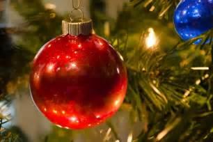 Tree Ornaments - made it quot o tree quot glitter ornaments
