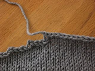 how to end a knit stitch the last stitch how to avoid these terrible stair steps
