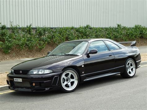 harlow autos uk stock nissan skyline r33 gtr vspec