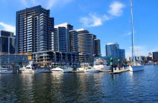 book docklands prestige apartments in docklands hotels