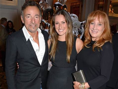 Bruce Springsteen's daughter born to model   TODAY.com