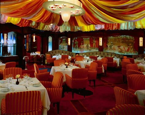 Bellagio In Room Dining by Bellagio Picasso And Le Cirque Honored Among Top Resorts