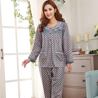 Baju Tidurpiyamasetelan Tidur Panjang Wanita Polkadot tidur selesa dengan baju tidur bajuspot