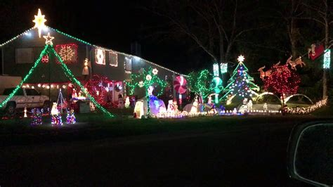 christmas lights in maple valley light show in covington wa