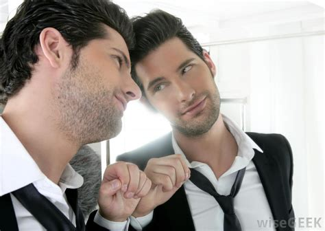 with them selves what are the symptoms of narcissistic personality disorder