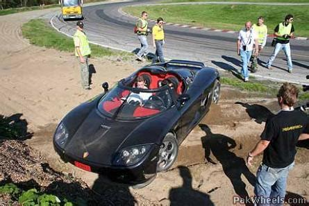 koenigsegg pakistan sharif crashes his koenigsegg spotting hobbies