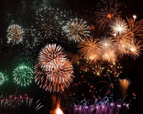 new year 2018 fireworks nyc cromer new years day 2018 fireworks display in east norfolk