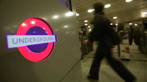 Groupon Haircut Oxford Circus   oxford circus assault leaves passengers cut and bruised
