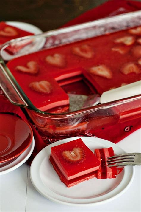Win Strawberries Chagne For Valentines Day by Best 25 Layered Jello Ideas On Recipe For