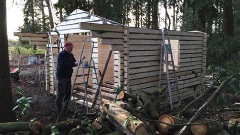 youtube schuur bouwen zelf een tuinhuisje bouwen youtube