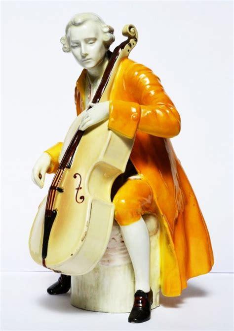 Uhr Motive 4310 by Cellospieler Keramik Wohl Friedrich Goldscheider Um 1900