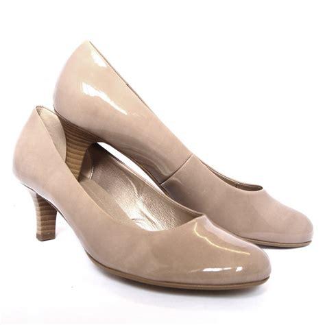 gabor shoes vesta kitten heel court shoe in beige
