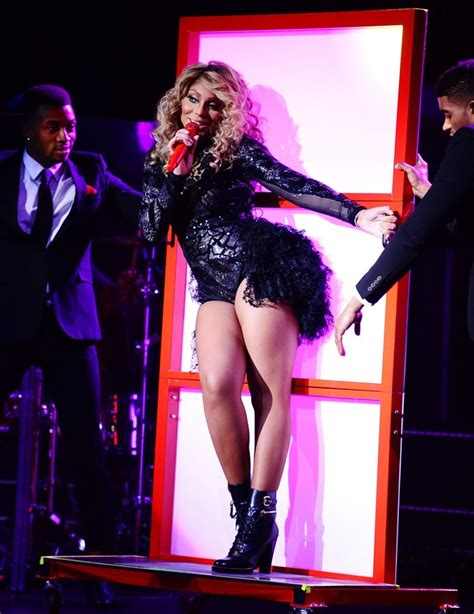 what is the braxton doing in 2014 tamar braxton to hit the road with r kelly thisisrnb