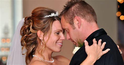 Popular Bride And Groom First Dance Songs Weddings