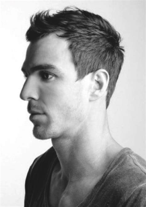 strong jawline haircuts men mens haircuts with strong jawline best hairstyles for