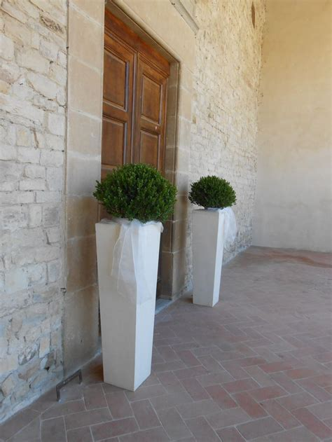 fiori per esterno le 25 migliori idee su fiori per la chiesa da matrimonio