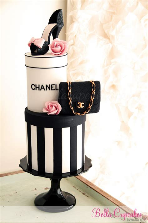Happy 50th Birthday Chanel Shoes by 103 Best Cake Design For Fashion Cakes Designers Makeup