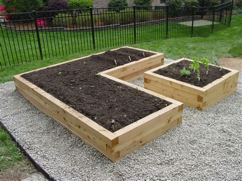 elevated garden beds create easy low cost raised garden beds organic gardening