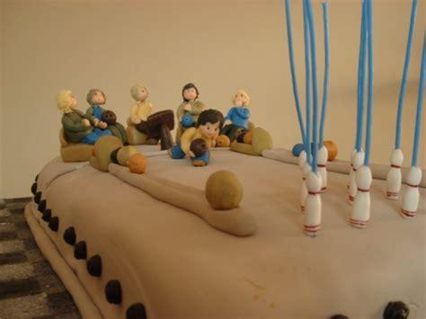 bonekinha de porcelana o beijo de cada signo tortas by annette linterna verde el hombre ara 241 a y batman