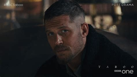 Tom Hardy Criminal Record Tom Hardy Goes Badass And Chases Moped Thief In