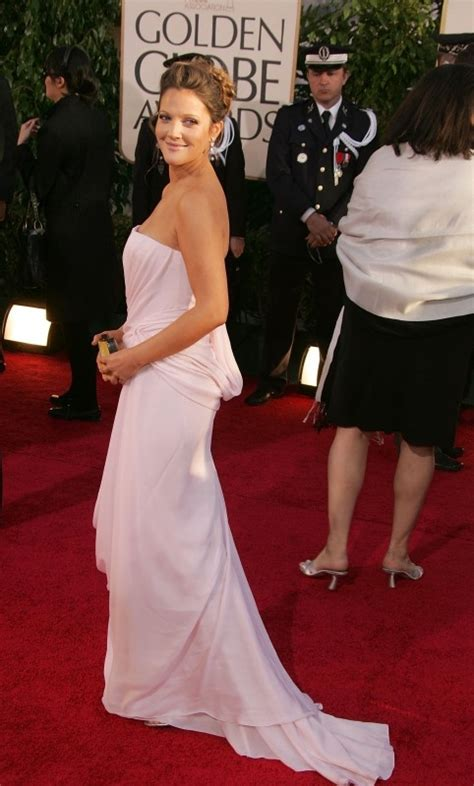 2007 Golden Globes Best In by Golden Globes 2007 Drew Barrymore Fasciata In Un Abito
