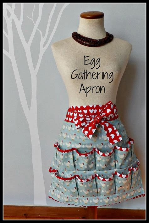 pattern egg gathering apron women s egg gathering apron chickens eggs by